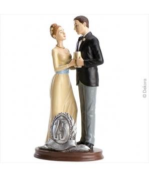 Pareja boda 25 aniversario brindis