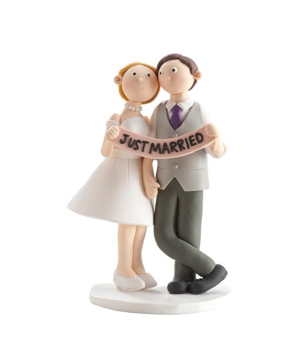 Pareja novios Justa Married