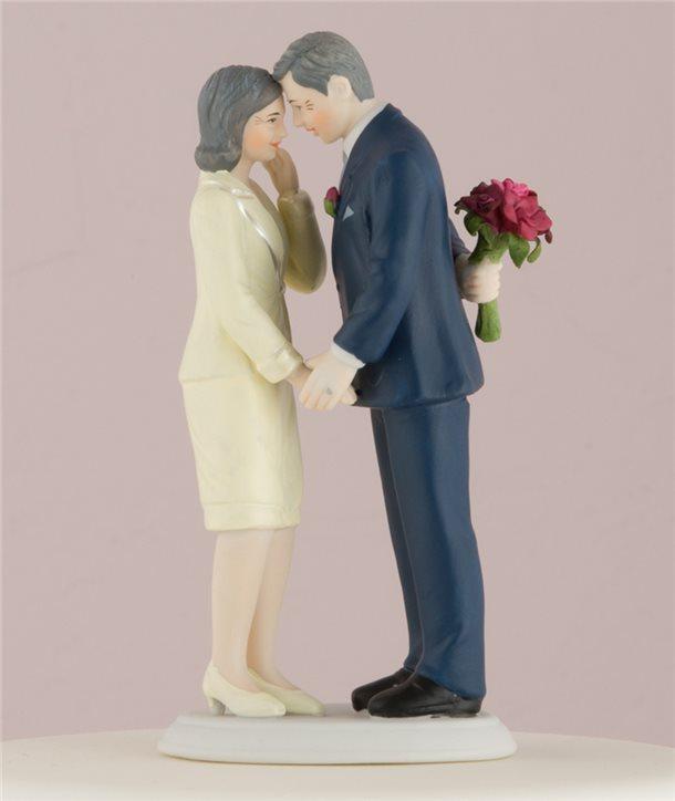 Figuras de Novios con Globo y un beso