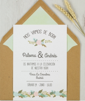 Invitación y sobre Floreada Verde Kraft