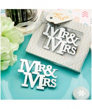 "Abrebotellas ""Mr & Mrs"" en sobre regalo"